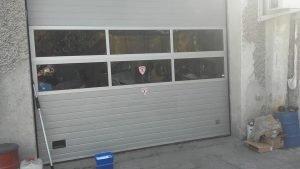 Професионално почистване на прозорци и дограми